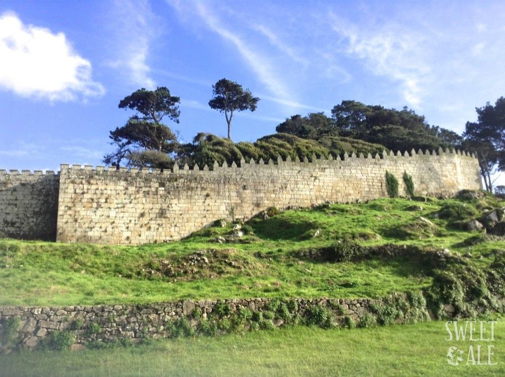 Alrededor de las murallas