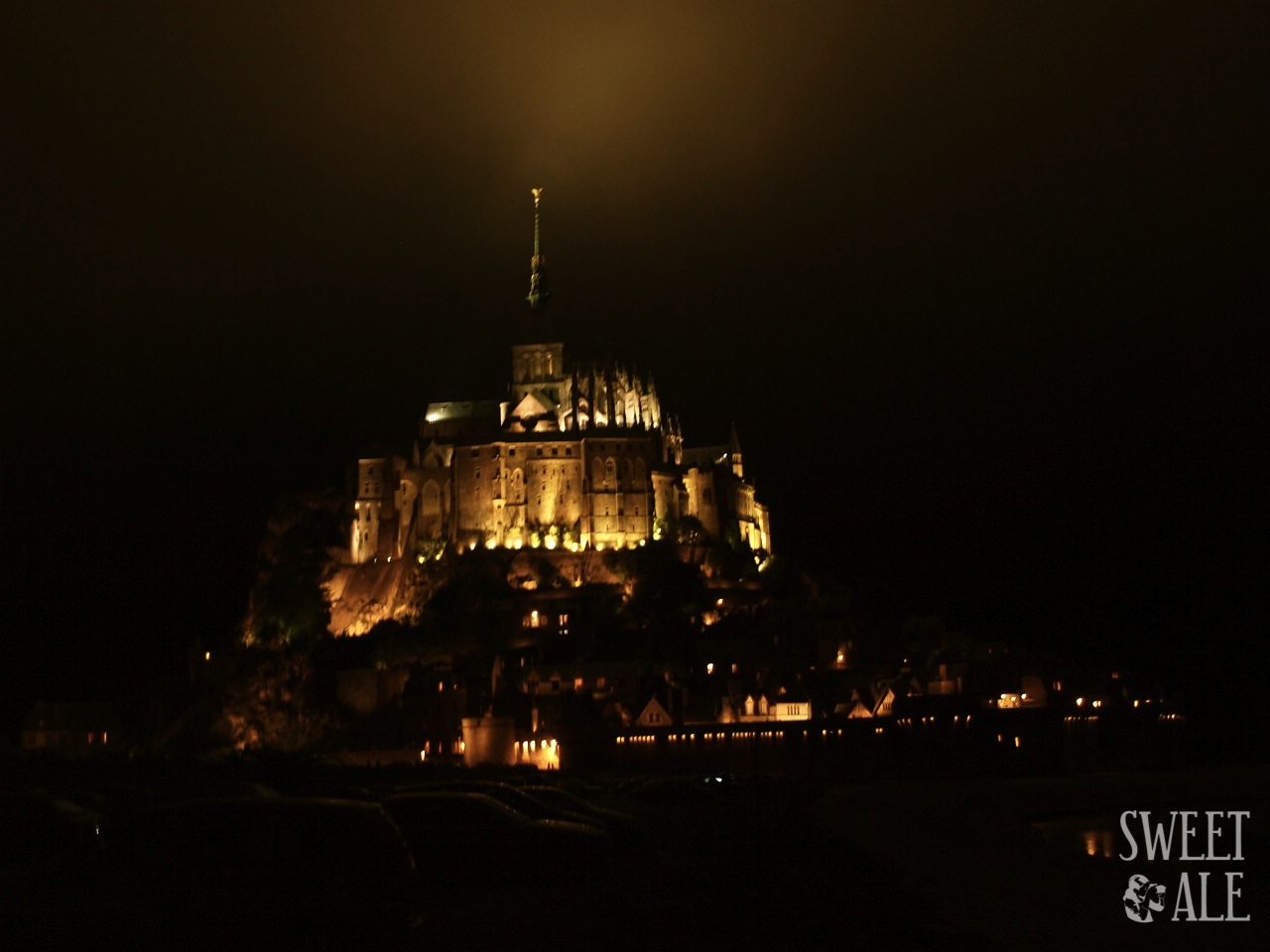Mont Saint-Michel by night  (France)