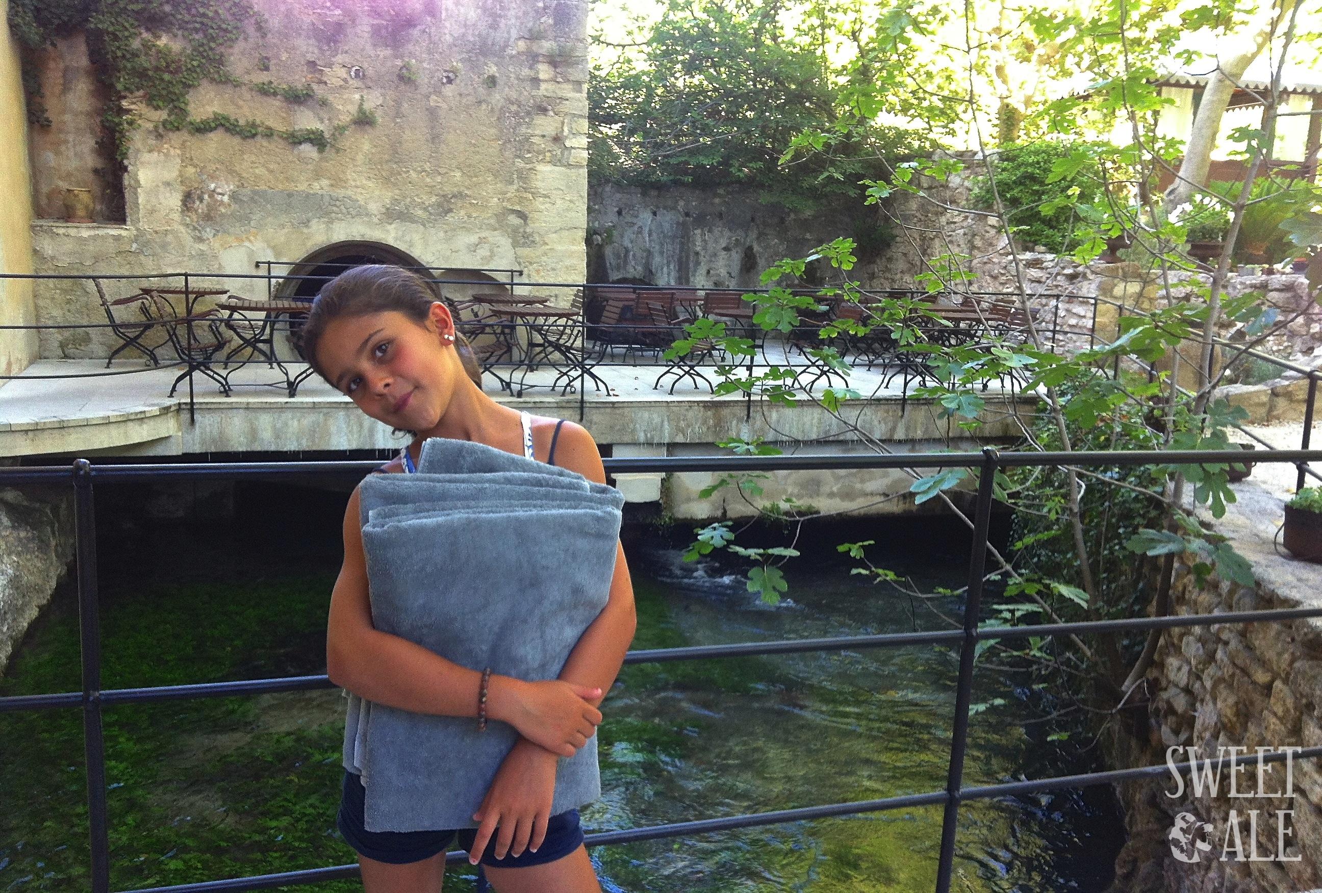 Río en el Hotel du Poete