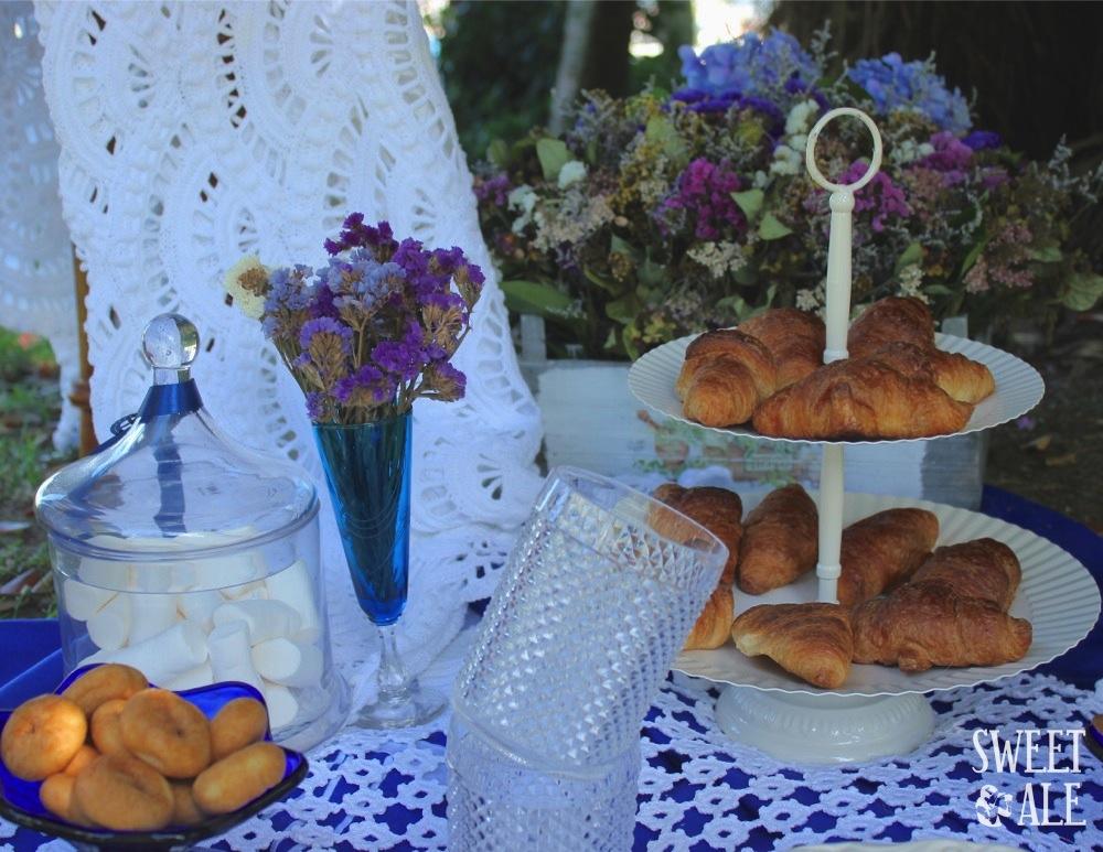 Flores y croissants