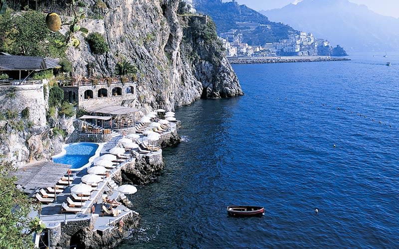 beach santa amalfi
