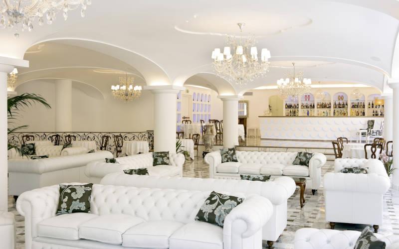 grand-hotel-la-favorita-29261387-1437735864-ImageGalleryLightbox