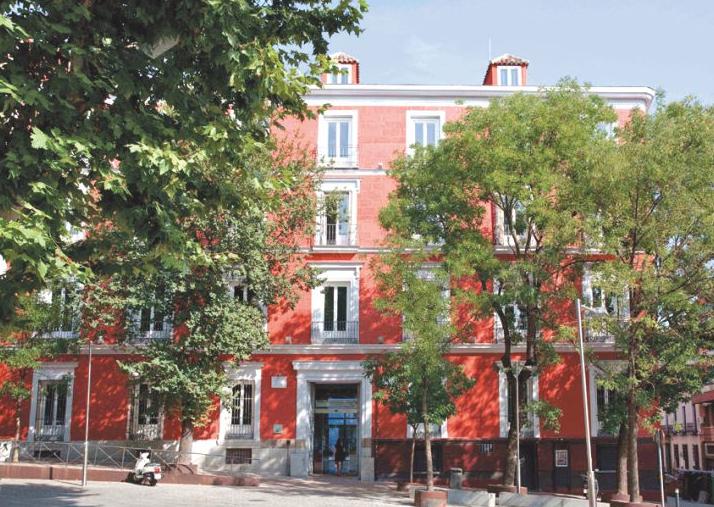 Hotel Petit Palace Santa Bárbara – habitaciones familiares en Madrid