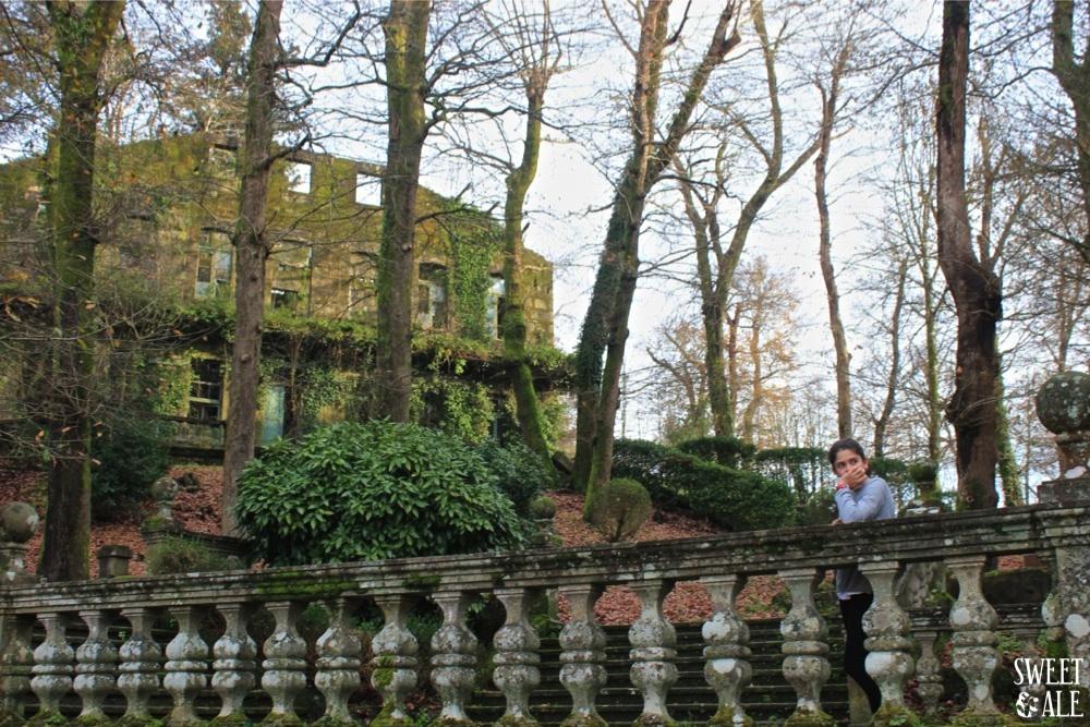 Ale ruinas al lado del Gran Hotel