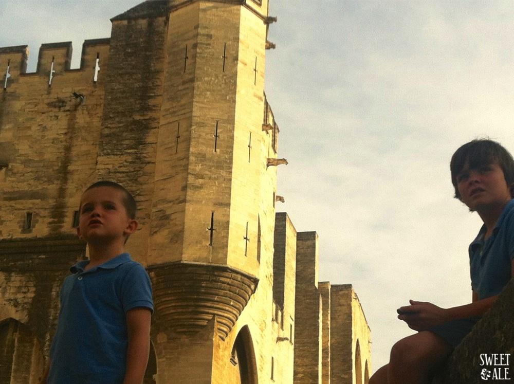 Vista Avignon niños