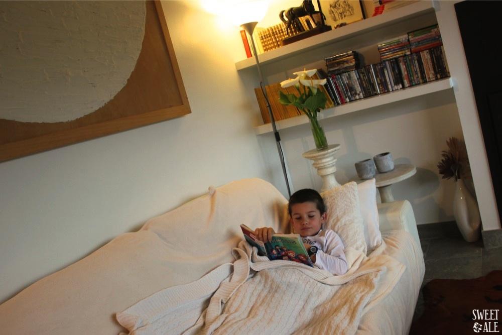 Antonio en salón Villas Cué