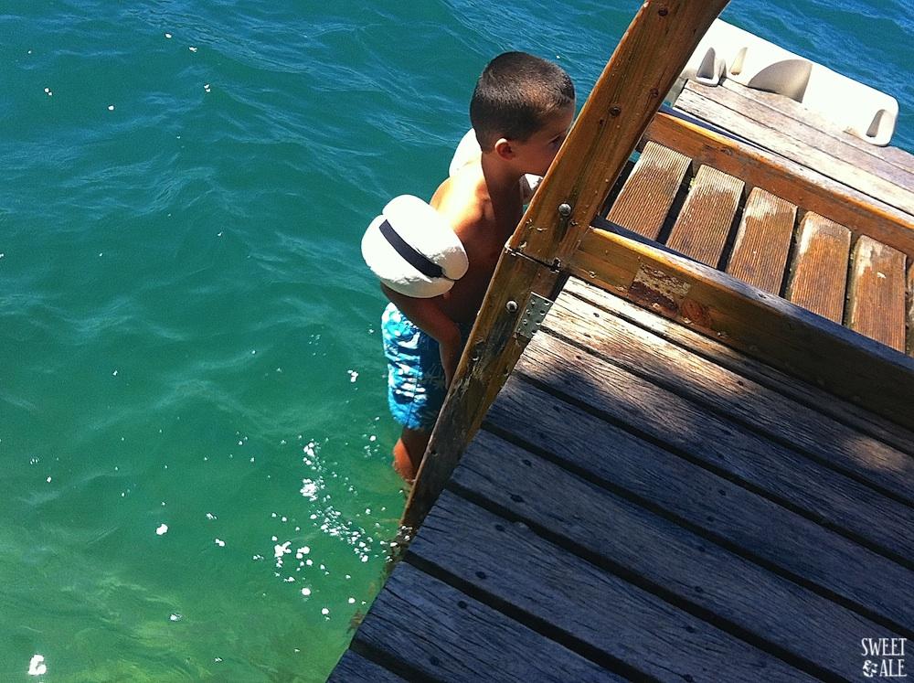 Antonio en el lago