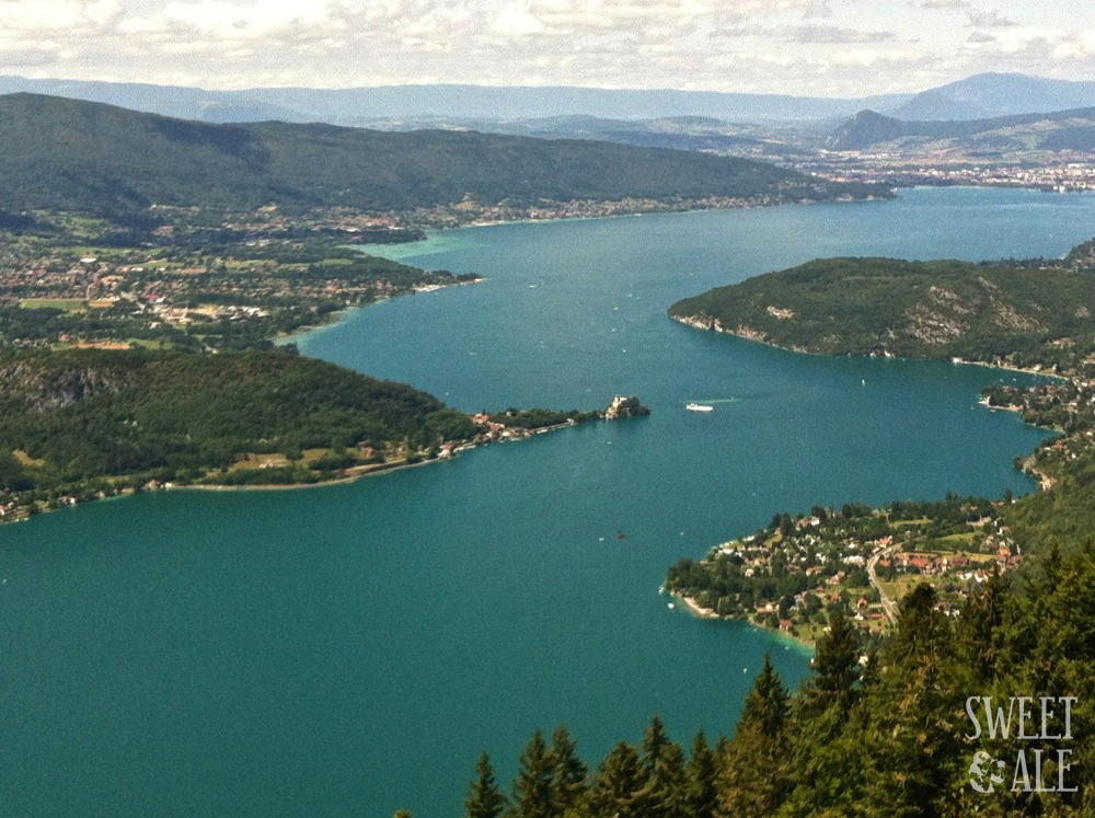 Vista aérea del lago de Annecy