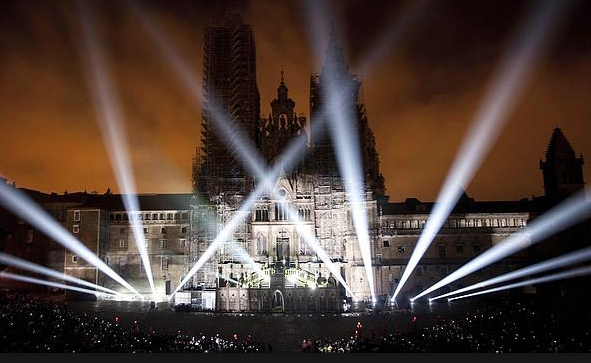 fachada Catedral laser