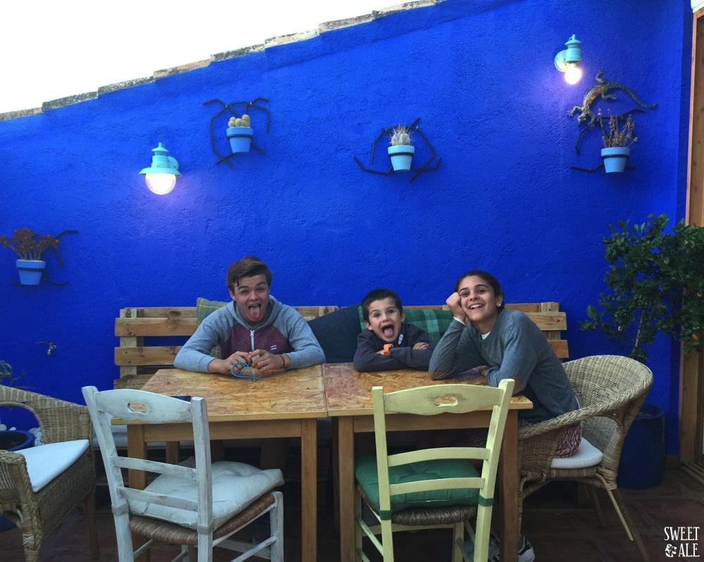niños terraza