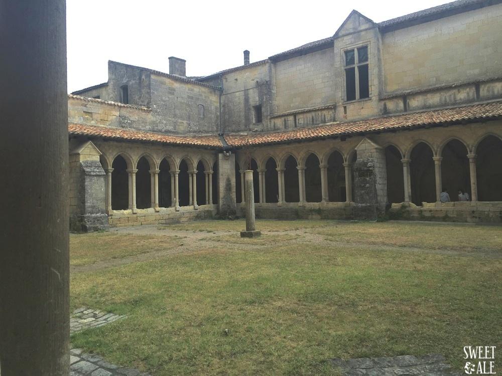 claustro-colegiata