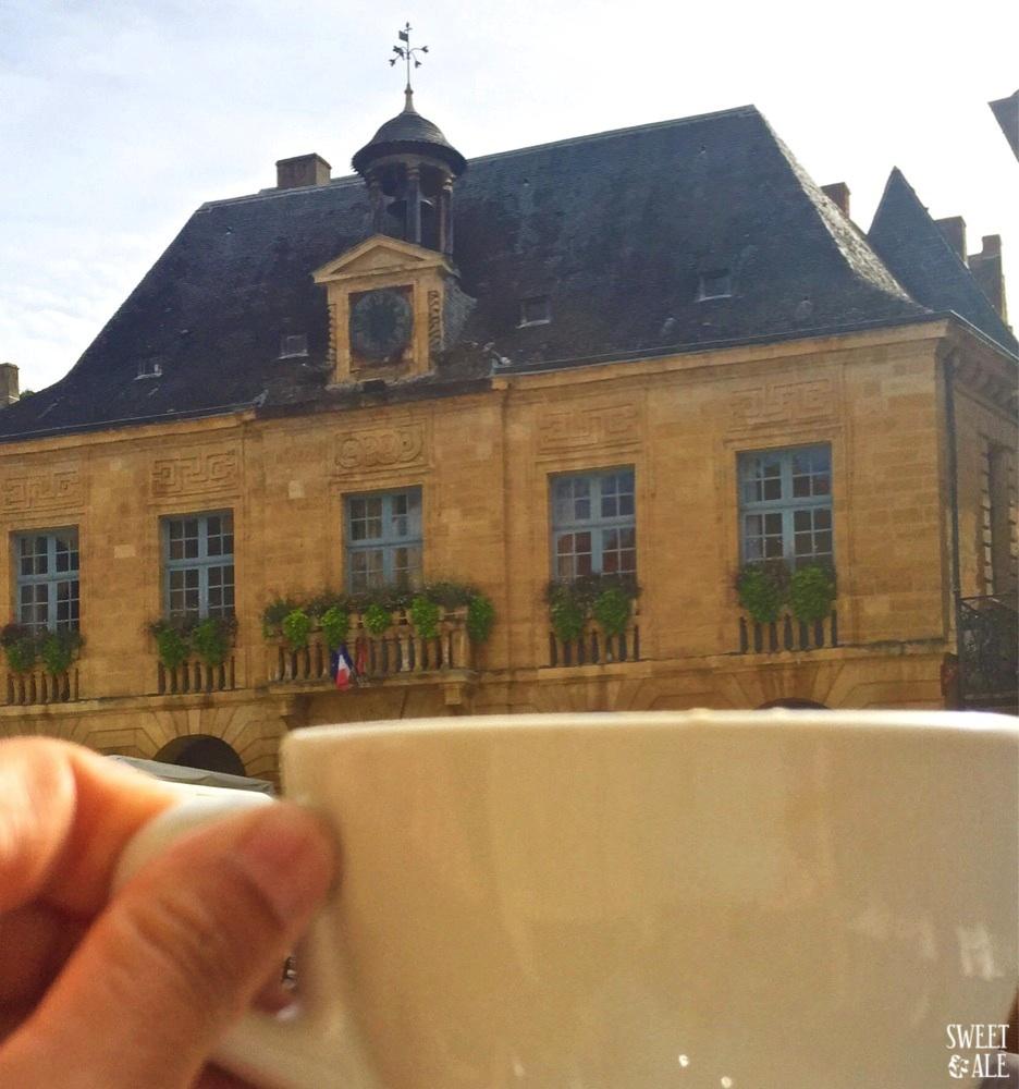 cafe-edificio-ayuntamiento
