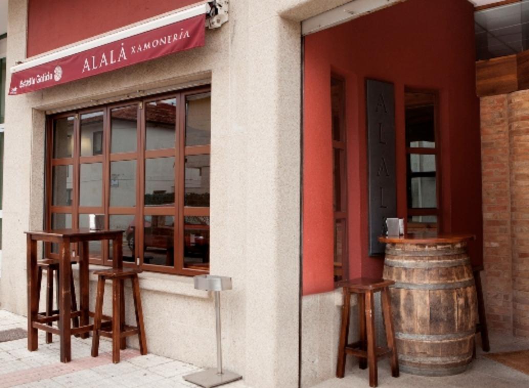 Alalá – Jamonería – Tapería En Panxón (Galicia)